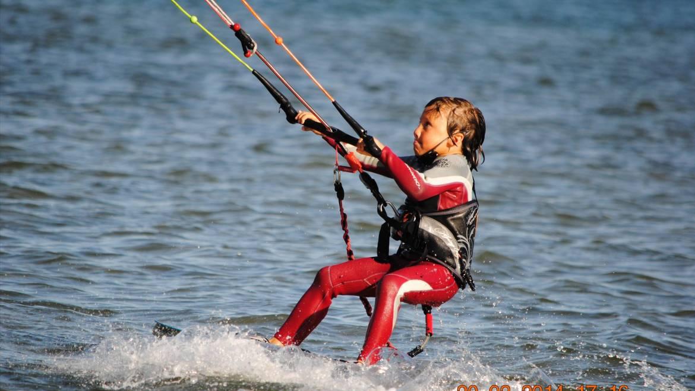 Apprendre le Kitesurf aux enfants